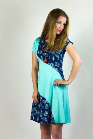 Niela's Cool Curved Dress