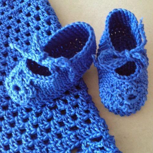 Makerist - Babykleidchen mit passenden Schuhen - Häkelprojekte - 2