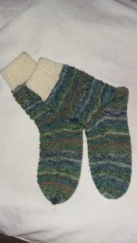 Makerist - Socken im LinksRechtsZackenmuster, für meine kleine Tochter - Strickprojekte - 1