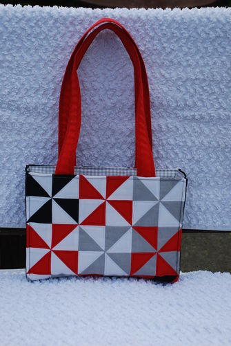 Makerist - Patchworktasche mit Windrädern - Nähprojekte - 1