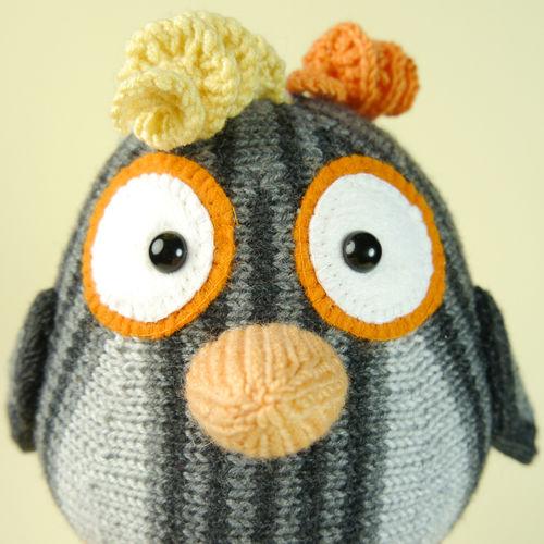 Makerist - Komischer Vogel in Grau - Strickprojekte - 2