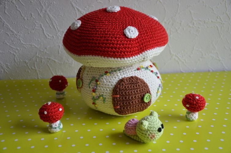 Makerist - Märchenhaftes Pilzhaus - Häkelprojekte - 1