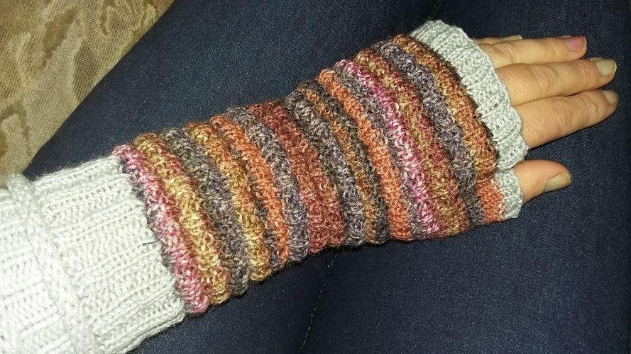 Makerist - Handstulpen für meine große Tochter  - Strickprojekte - 3