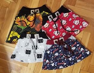 Makerist - Eine Menge Röcke aus buntem Sweat  - 1