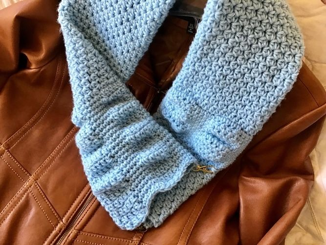 Makerist - Nordic Infinity Scarf - Crochet Showcase - 1