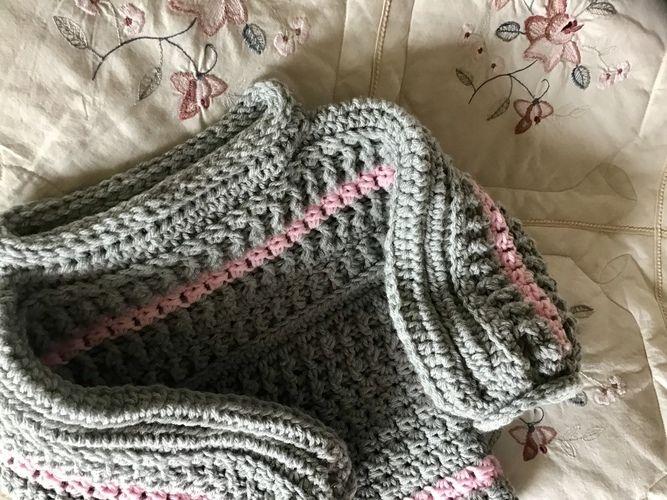 Makerist - Little Nicole ski lodge sweater  - Crochet Showcase - 3