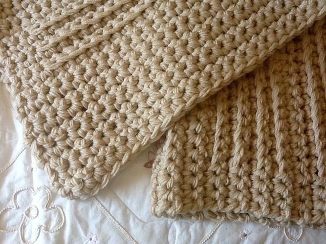 Makerist - Sandcastle throw - Crochet Showcase - 1
