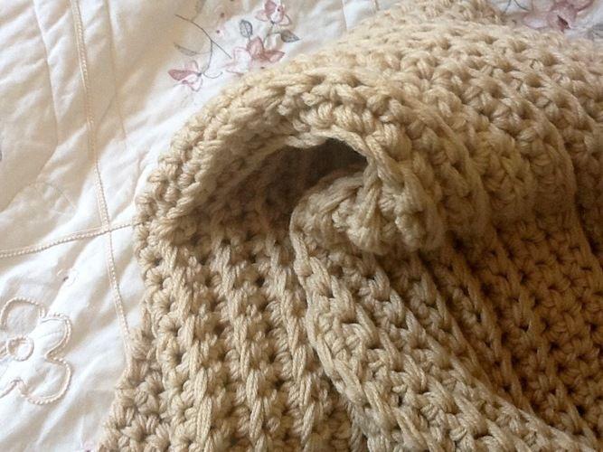 Makerist - Sandcastle throw - Crochet Showcase - 2