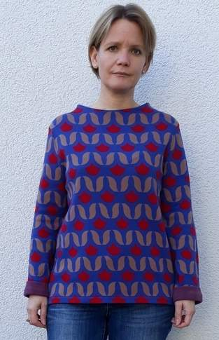 Turtleneck Pullover mit Tulpenjacquard