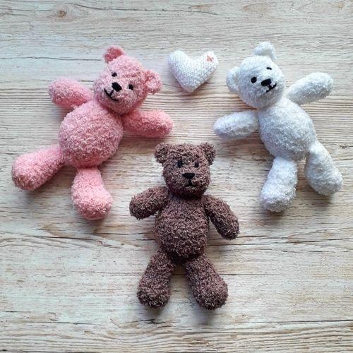 Makerist - Baby's first teddy - Knitting Showcase - 1