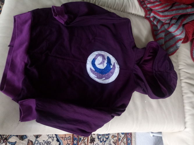Makerist - Ohnezahnsymbol hoodie - Nähprojekte - 1