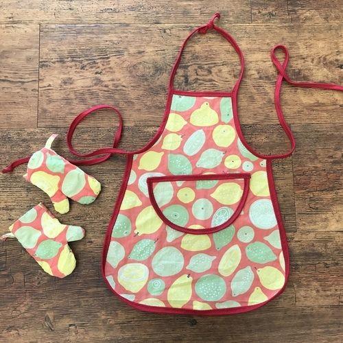 Makerist - Upcycling Kinder-Kochschürze und Ofenhandschuhe - Nähprojekte - 1