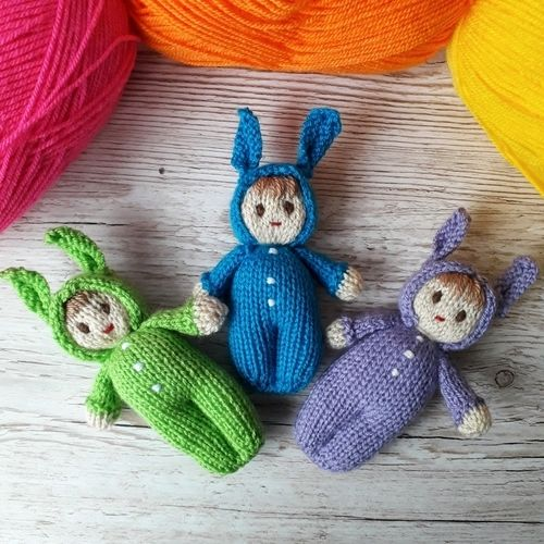 Makerist - Bright Easter Bunny Dolls - Knitting Showcase - 3