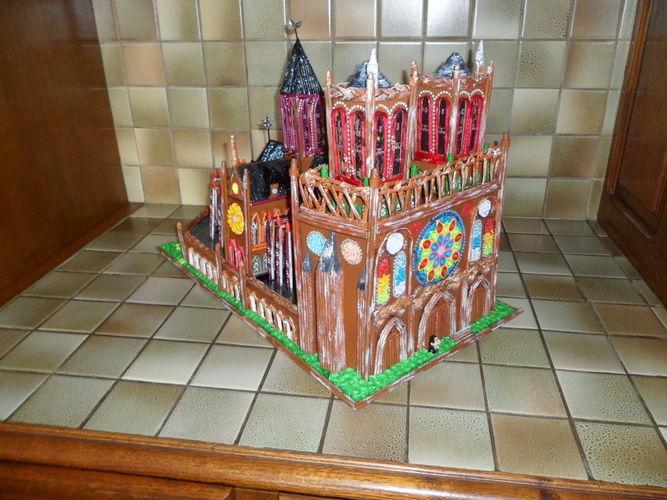Makerist - Notre Dame de Paris (Vannerie & Quilling) - Autres créations - 1