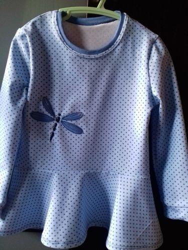 Makerist - Volantshirt mit Libellchen für Zwillinge in 104 - Nähprojekte - 1