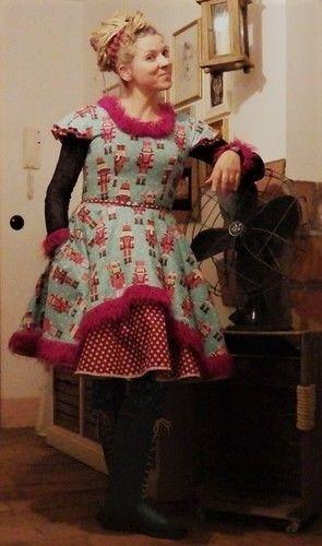 Makerist - Petticoatkleid Nußknacker - Nähprojekte - 1