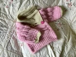 Makerist - Little Poppy Puff Sweater - 1
