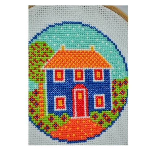 Makerist - Folk Art Cottage Counted Cross Stitch Pattern - Sewing Showcase - 3