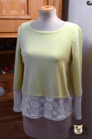 Pullover aus Forttee und Spitze