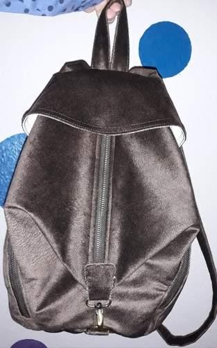Makerist - Ein Kunstleder Rucksack für mich - 1