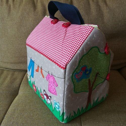 Makerist - Puppenhaus für das Benähkind  - Nähprojekte - 1