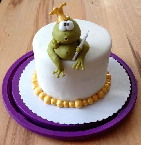 Makerist - Kuchen zum 1. Geburtstag meiner Tochter - Torten, Cake Pops und Cupcakes - 1