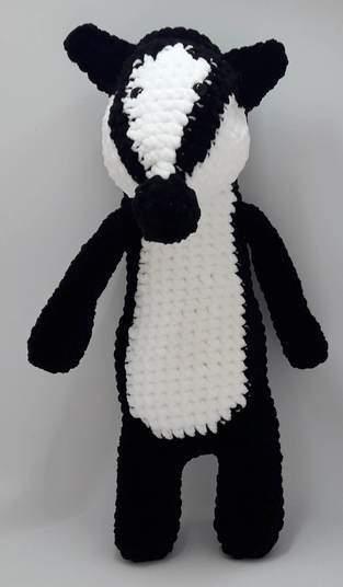 Makerist - Amigurumi – Nina the badger - crochet – tutorial - 1