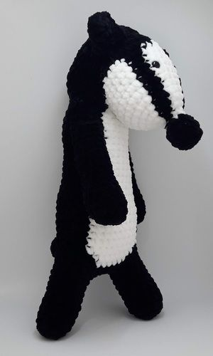 Makerist - Amigurumi – Nina the badger - crochet – tutorial - Crochet Showcase - 2