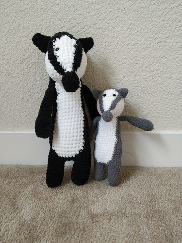 Makerist - Amigurumi – Nina the badger - crochet – tutorial - Crochet Showcase - 3