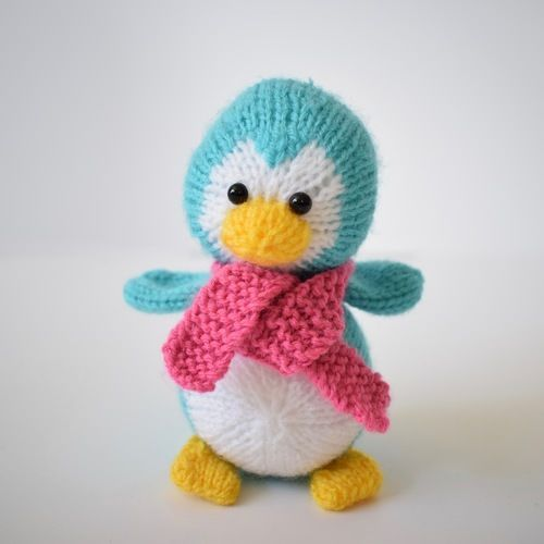 Makerist - Penny the Penguin - Knitting Showcase - 2