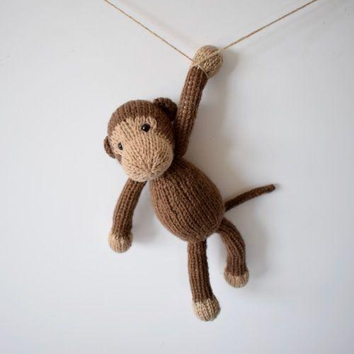 Makerist - Mick the Monkey - Knitting Showcase - 1