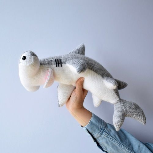 Makerist - Hammerhead Shark - Knitting Showcase - 2