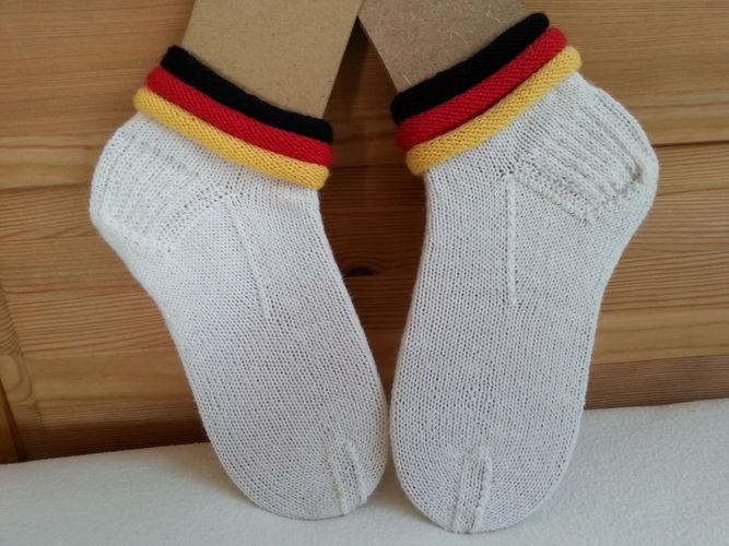 Makerist - WM-Socken - Strickprojekte - 1