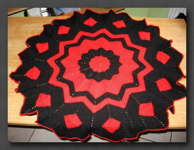 Makerist - Round Ripple Decke - Häkelprojekte - 1