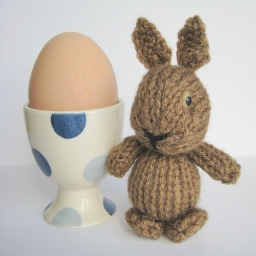 Makerist - Egg Cup Bunny - Knitting Showcase - 1