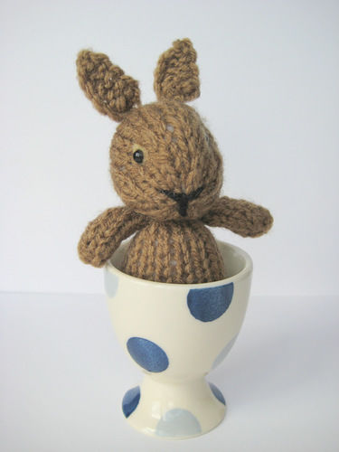 Makerist - Egg Cup Bunny - Knitting Showcase - 2