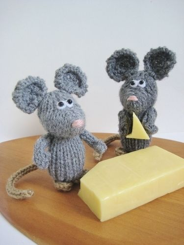 Makerist - Dinky Mice - Knitting Showcase - 2
