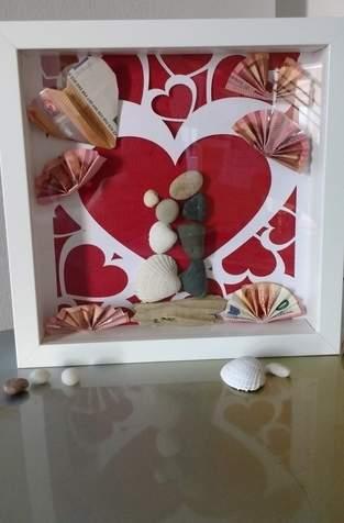 Herzchen zur Hochzeit - Geschenk im Rahmen
