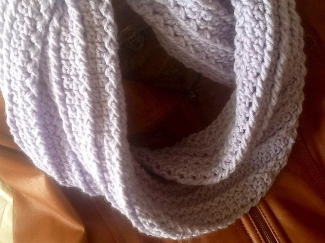 Makerist - Lavender Bouquet Infinity Scarf - Crochet Showcase - 2