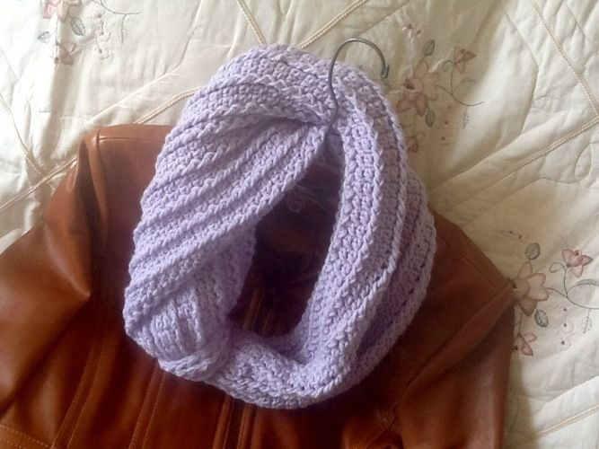Makerist - Lavender Bouquet Infinity Scarf - Crochet Showcase - 3