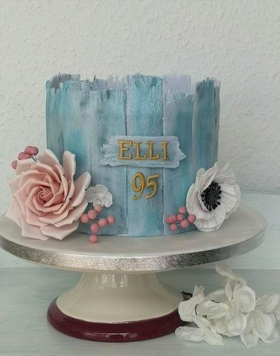 Makerist - Ellis 95er Geburtstag!  - Torten, Cake Pops und Cupcakes - 1