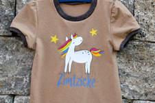 Makerist - Basic-Shirt Ida von Mamili1910 mit Plott Regenbogenpferd von GroWidesign - 1