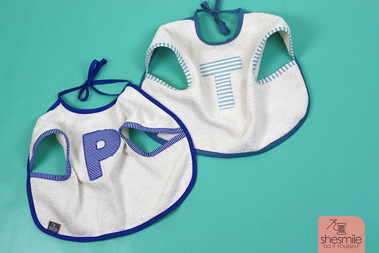 Makerist - Zwei Ärmel-Lätzchen als Geschenk zur Geburt von Zwillingen - Nähprojekte - 1