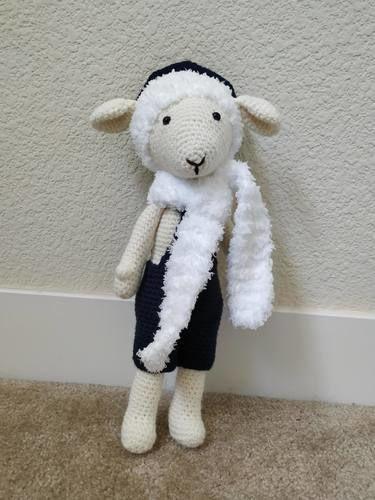 Makerist - Amigurumi – Philip the sheep - crochet – tutorial - Crochet Showcase - 1
