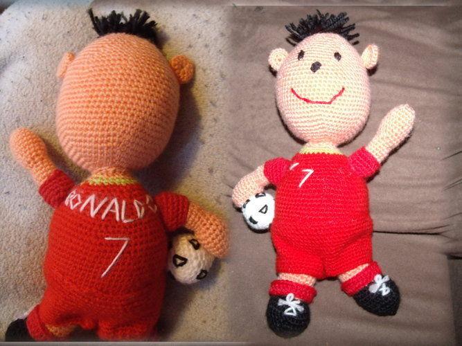 Makerist - Fanpuppe Cristiano Ronaldo - Häkelprojekte - 1