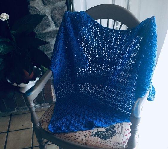 Makerist - Grand châle bleu - Créations de crochet - 2