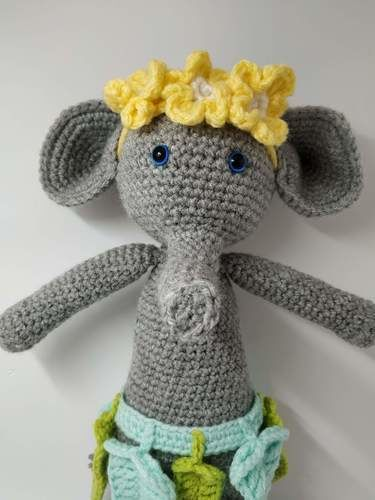 Makerist - Amigurumi – Constant the Elephant - crochet – tutorial - Crochet Showcase - 2