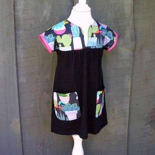 Makerist - Kleid mit Floralem - Nähprojekte - 1