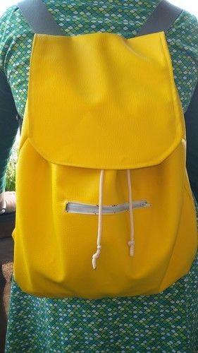 Makerist - Rucksack aus Kunstleder - Nähprojekte - 1