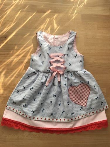 Makerist - Erstes Dirndl-Kleid für meine Nichte  - Nähprojekte - 1